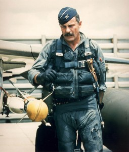 511px-Robin_Olds_during_vietnam_war